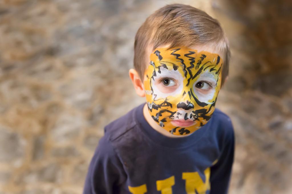 Ann Arbor children's portrait photographer