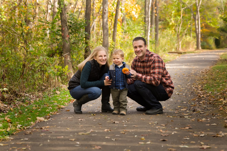 outdoor Ann Arbor family photographer