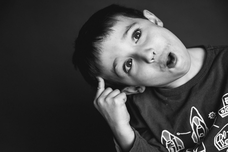 silly faces child photographer dexter, mi