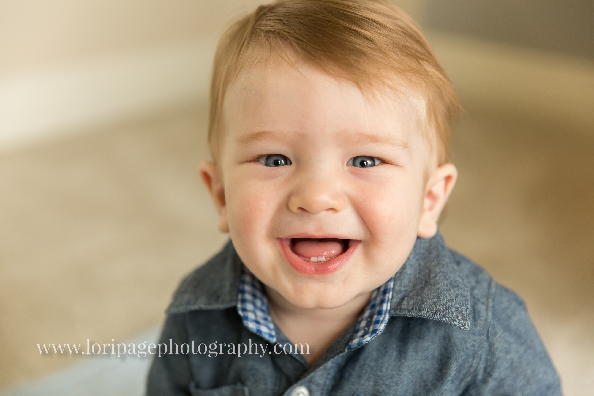 Growing up fast! 7 months old {Ann Arbor Baby Photographer}