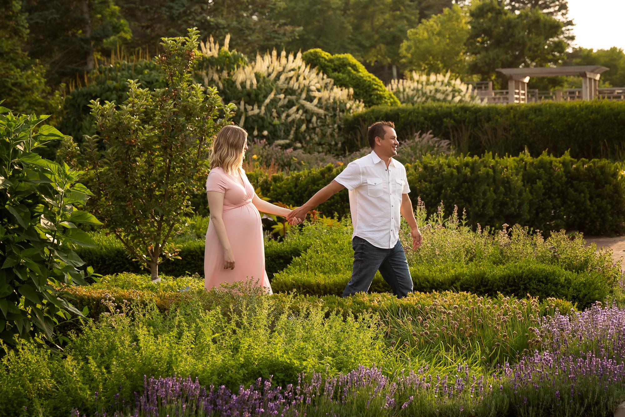 Matthaei Botanical Gardens Maternity Session | Ann Arbor Family ...