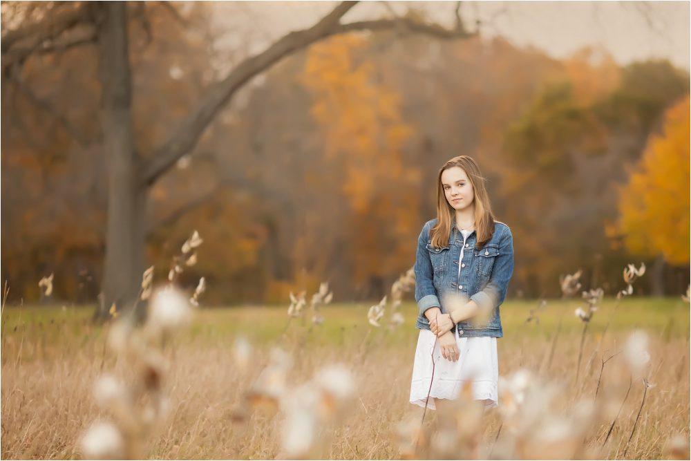 Senior Girl in a field   Saline High School